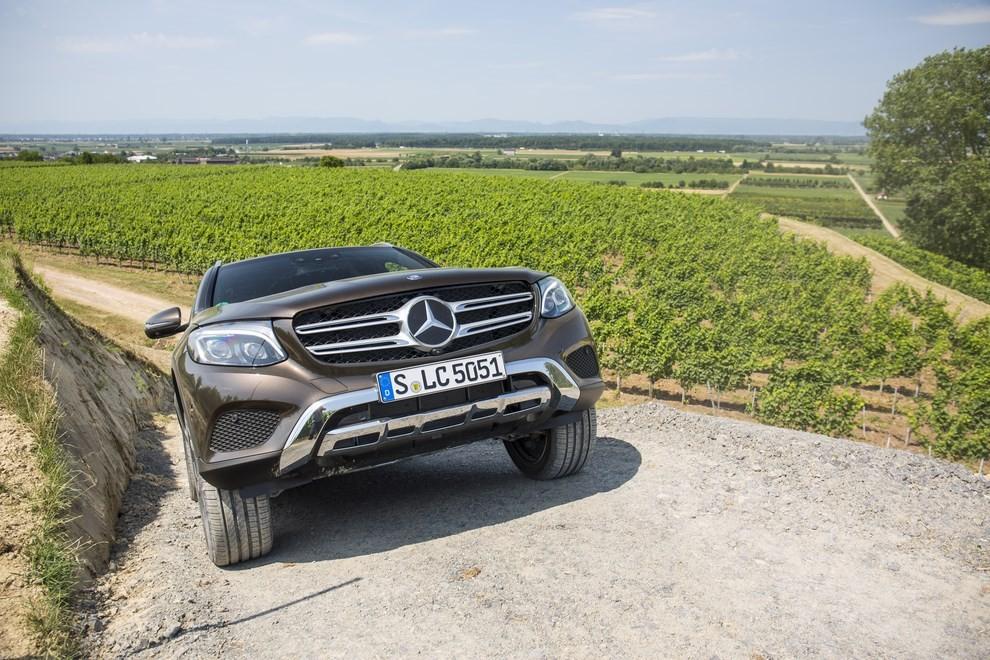 Mercedes GLC: i prezzi e le informazioni del nuovo suv tedesco - Foto 44 di 63