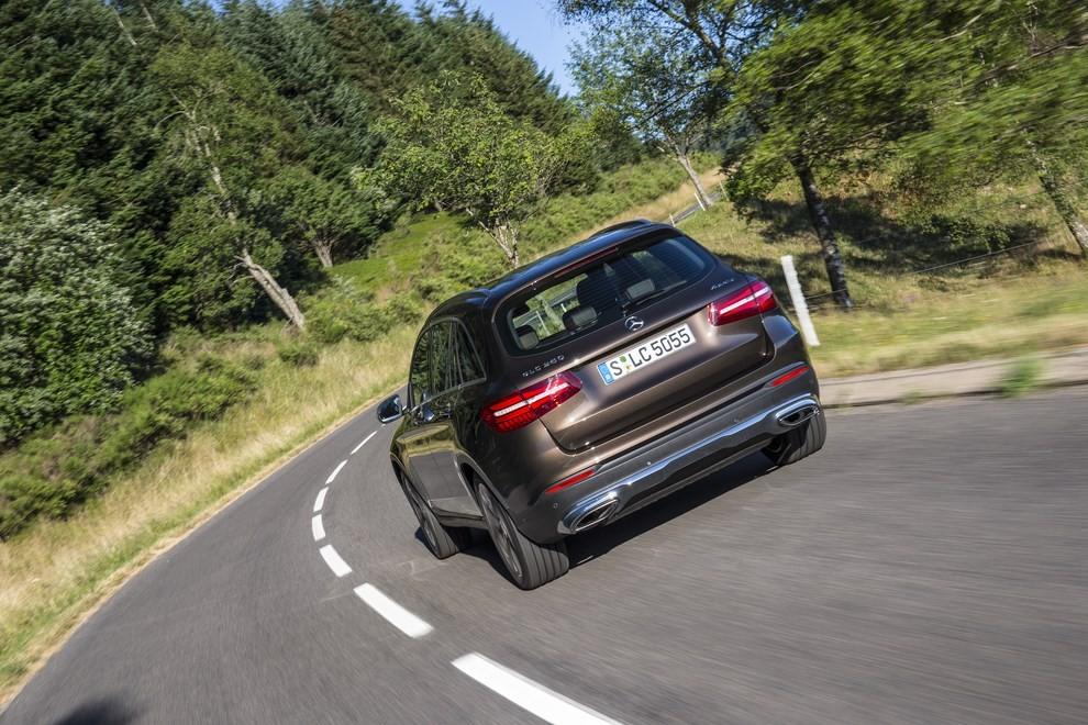 Mercedes GLC: i prezzi e le informazioni del nuovo suv tedesco - Foto 48 di 63