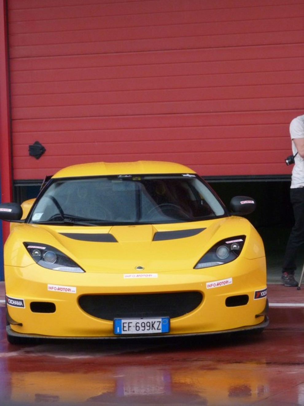Lotus Evora S in pista con Tommy Maino - Foto 10 di 13