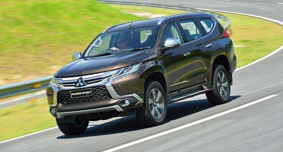 Mitsubishi Pajero Sport, ecco la nuova versione - Foto 1 di 2