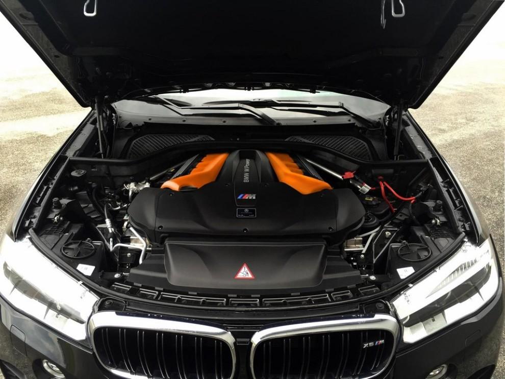 BMW X6 M a 300 km/h grazie a G-Power - Foto 1 di 5
