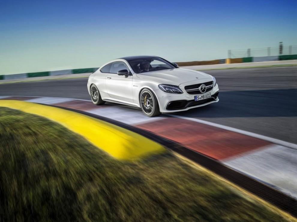Mercedes C Coupè AMG, video e foto - Foto 4 di 27