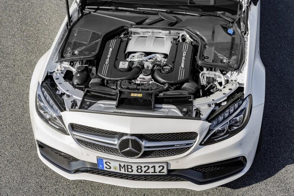 Mercedes C Coupè AMG, video e foto - Foto 9 di 27