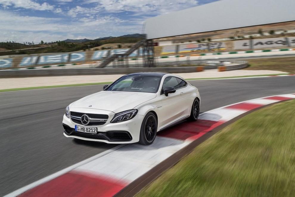 Mercedes C Coupè AMG, video e foto - Foto 1 di 27