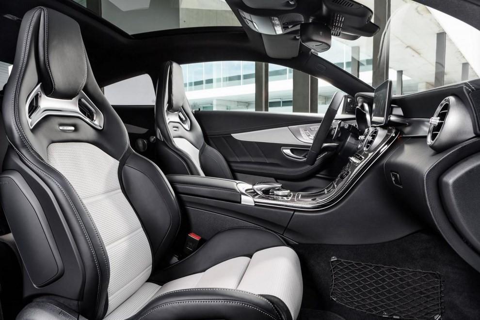 Mercedes C Coupè AMG, video e foto - Foto 20 di 27