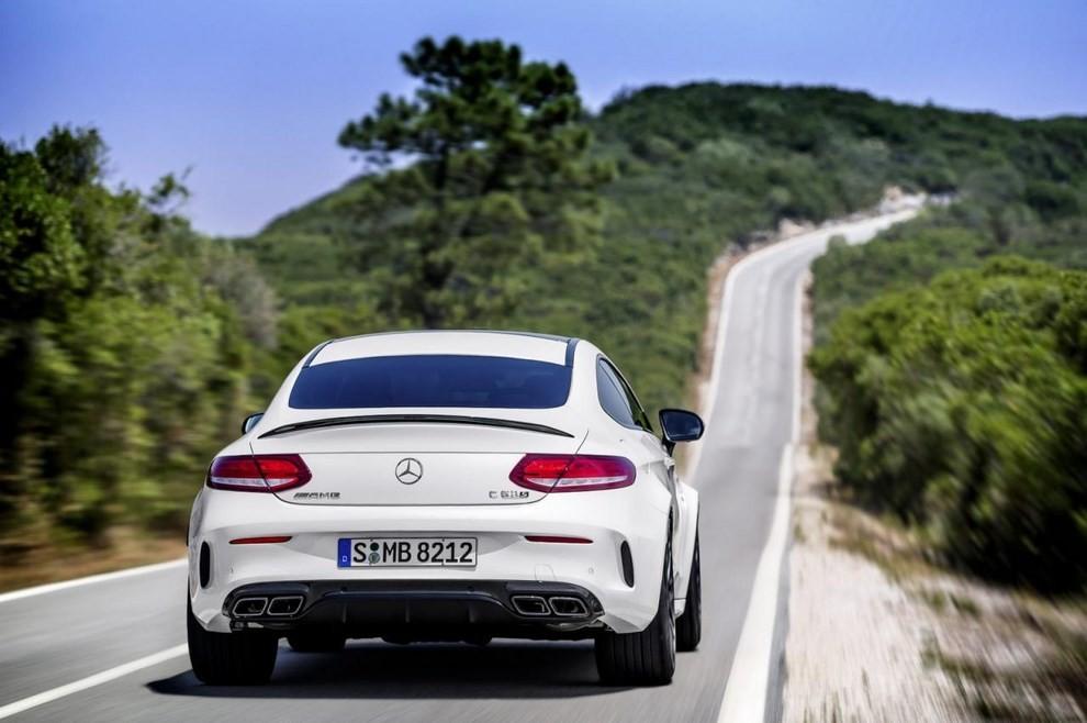 Mercedes C Coupè AMG, video e foto - Foto 22 di 27