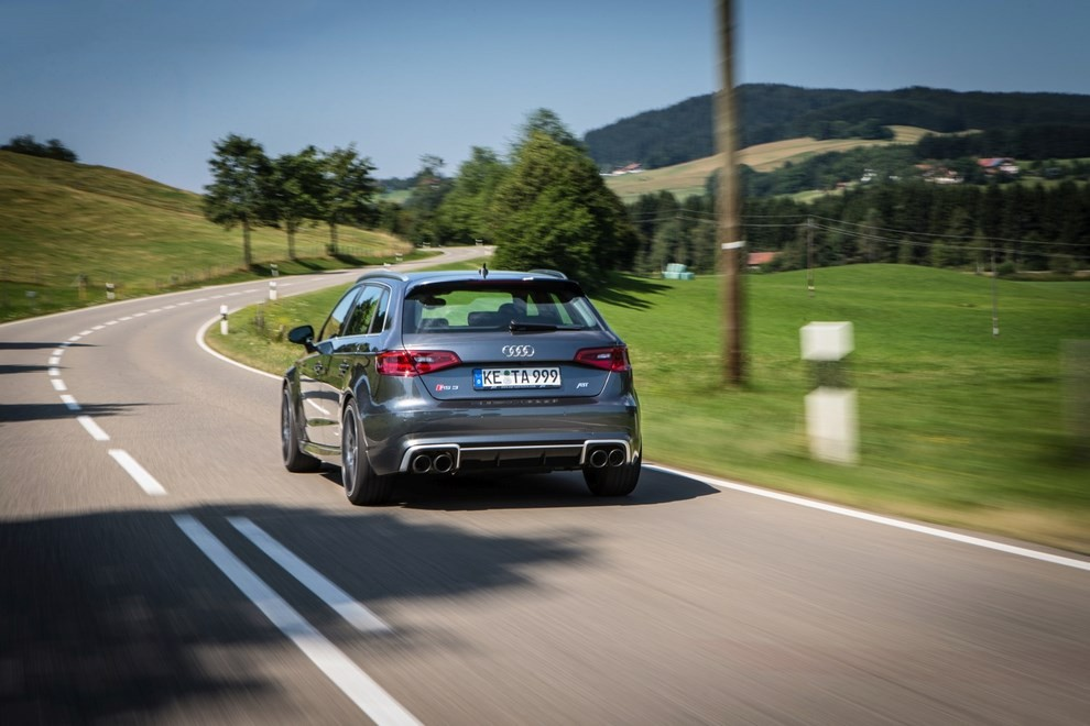 Audi RS3 ABT tocca quota 430 CV - Foto 3 di 5