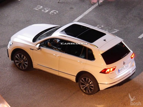 Volkswagen Tiguan, sa molto di Touareg