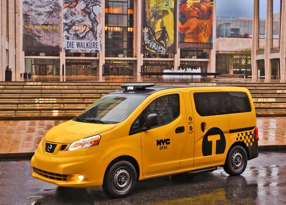 Nissan NV200 è il nuovo taxi di New York - Foto 11 di 28