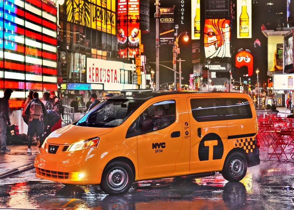 Nissan NV200 è il nuovo taxi di New York - Foto 12 di 28