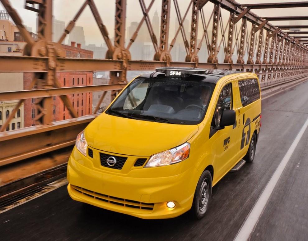 Nissan NV200 è il nuovo taxi di New York - Foto 16 di 28