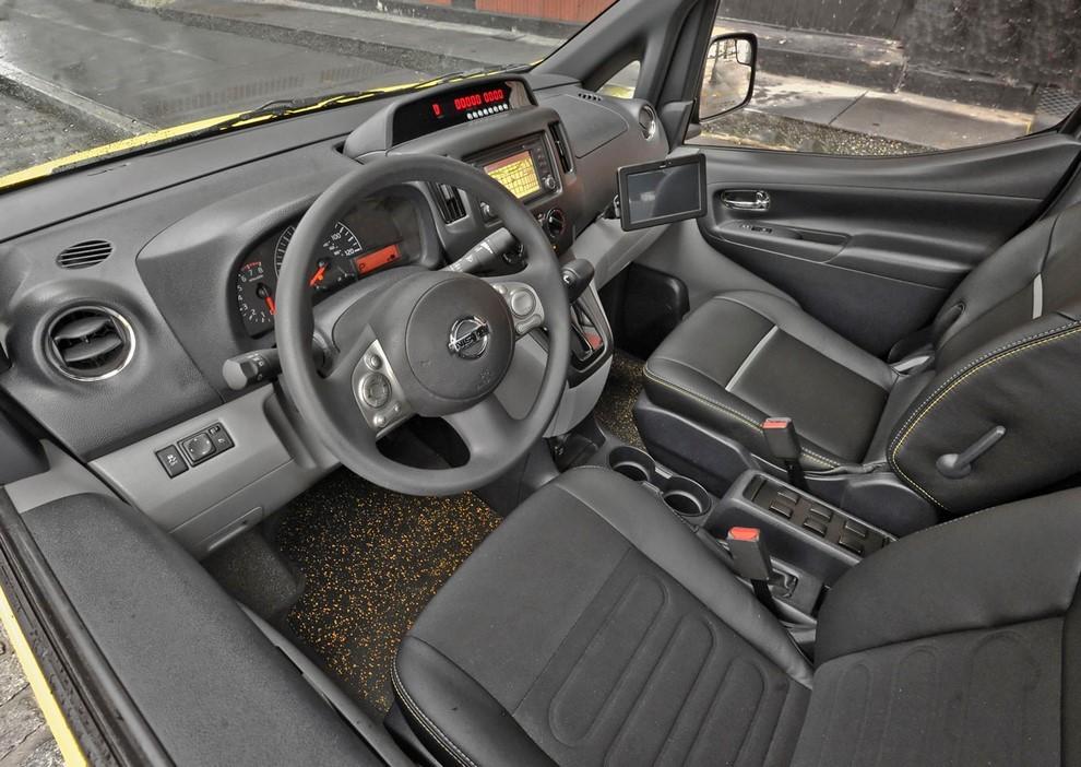 Nissan NV200 è il nuovo taxi di New York - Foto 18 di 28