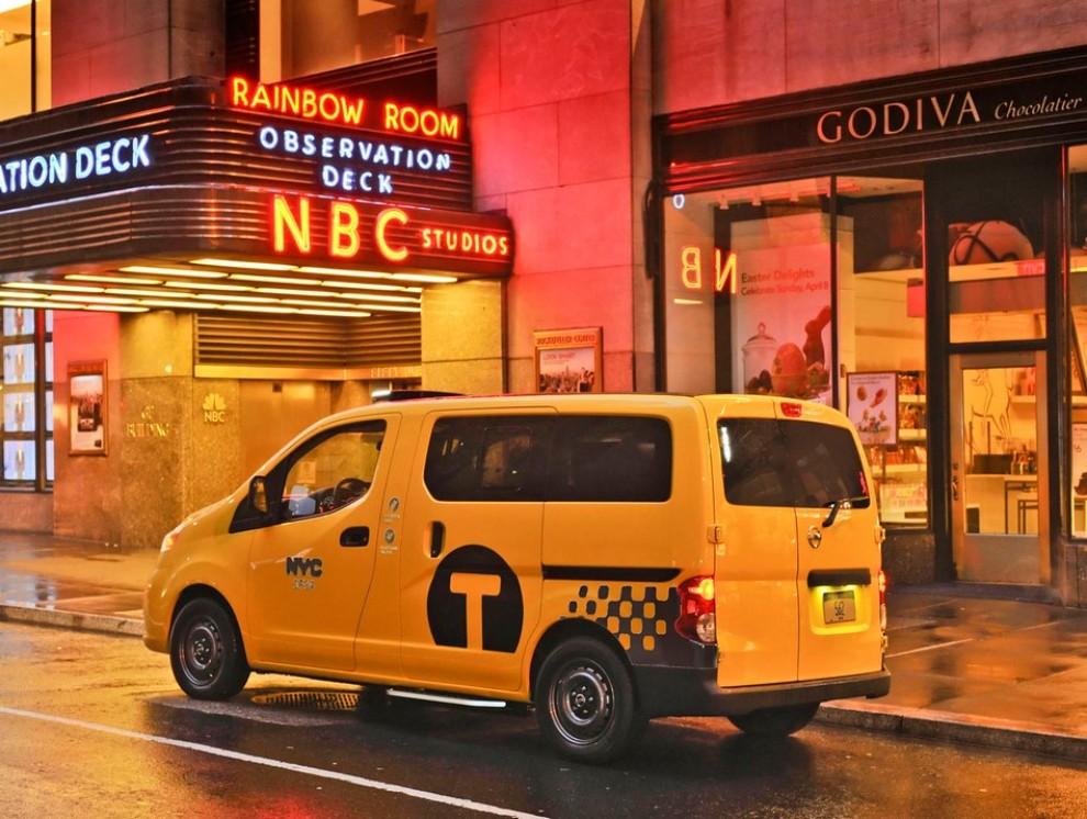 Nissan NV200 è il nuovo taxi di New York - Foto 5 di 28