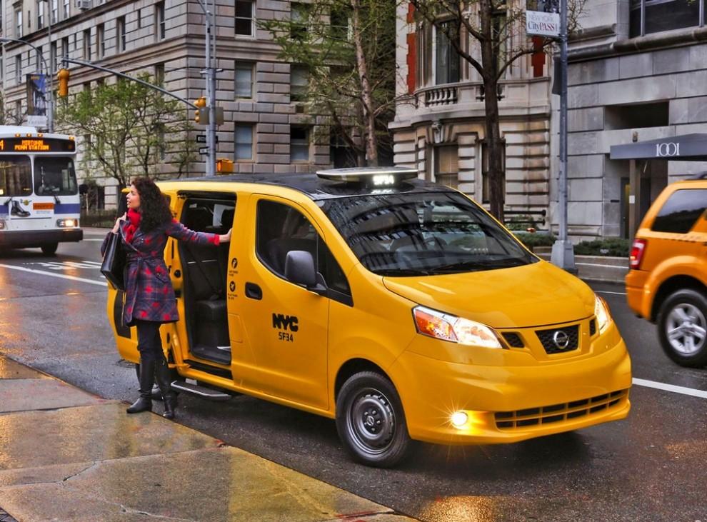 Nissan NV200 è il nuovo taxi di New York - Foto 7 di 28