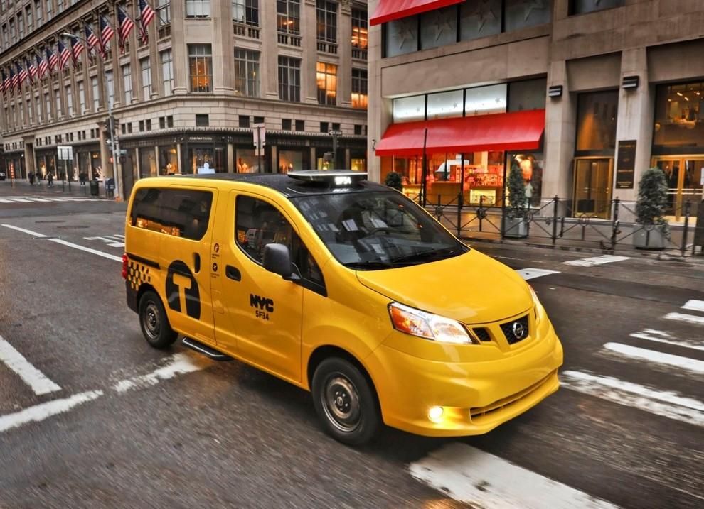 Nissan NV200 è il nuovo taxi di New York - Foto 8 di 28