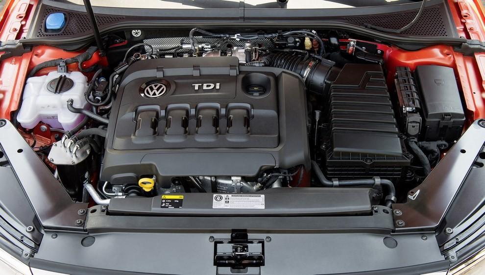 Nuova Volkswagen Passat Alltrack foto ed informazioni ufficiali - Foto 9 di 28