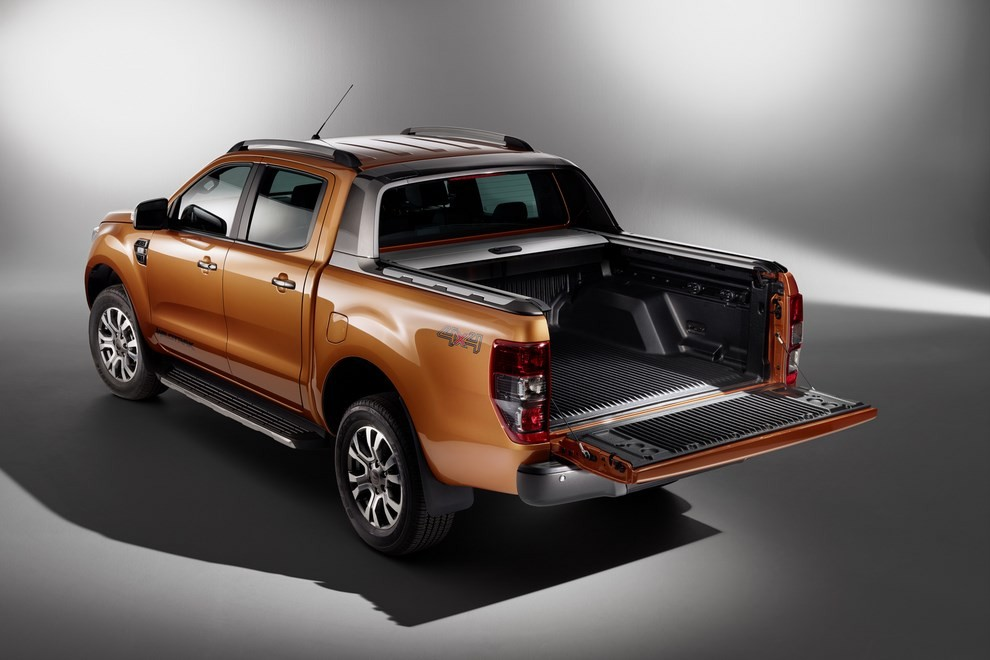 Ford Ranger, il pick-up si rifà il look - Foto 3 di 18