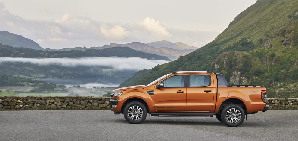 Ford Ranger, il pick-up si rifà il look - Foto 8 di 18