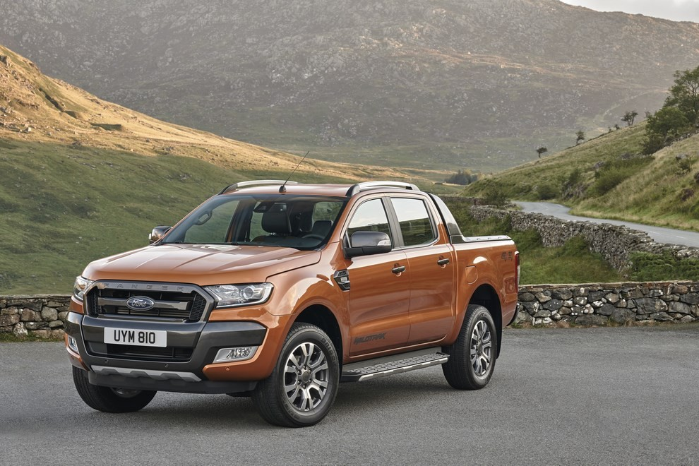 Ford Ranger, il pick-up si rifà il look - Foto 10 di 18