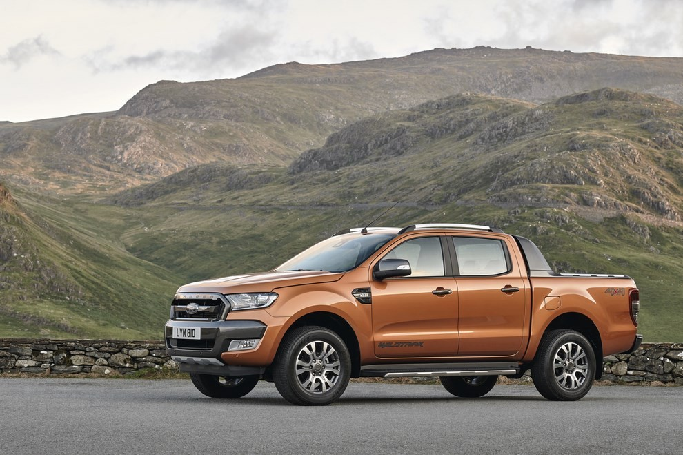 Ford Ranger, il pick-up si rifà il look - Foto 11 di 18