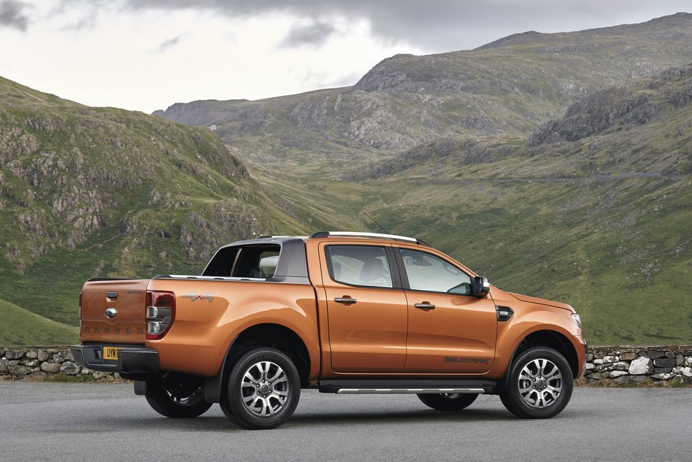 Ford Ranger, il pick-up si rifà il look - Foto 12 di 18