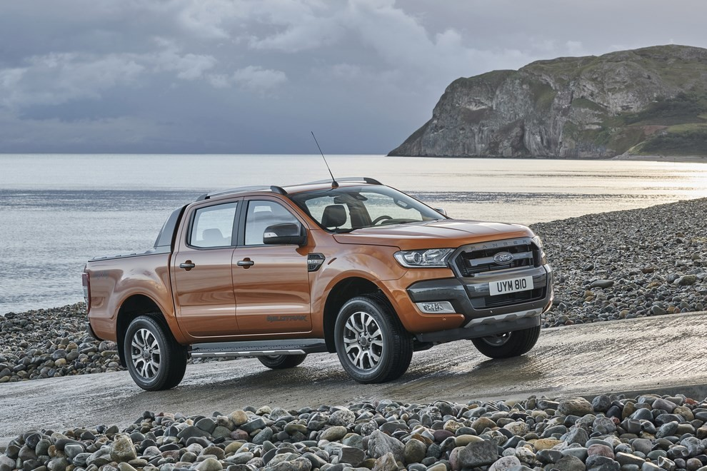 Ford Ranger, il pick-up si rifà il look - Foto 14 di 18