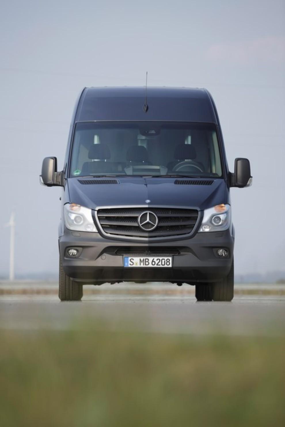 Mercedes Sprinter festeggia 20 anni - Foto 7 di 10