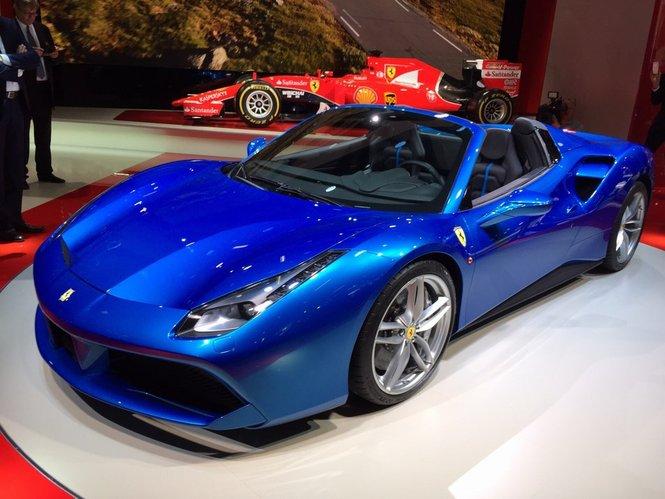 Ferrari 488 Spider tutte le informazioni ed il video ufficiale
