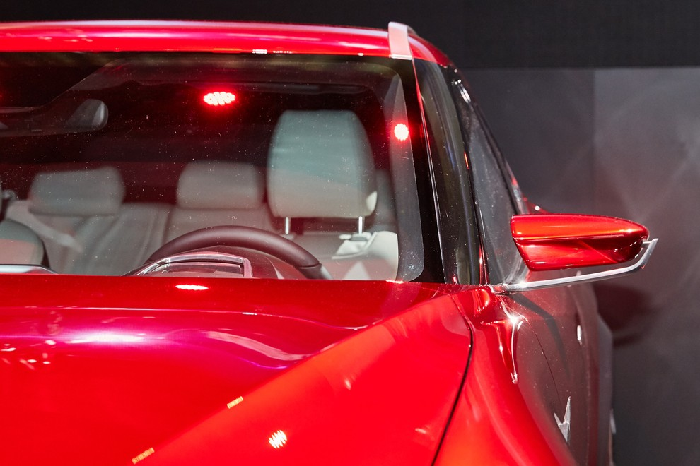 Mazda Koeru Concept - Foto 15 di 17