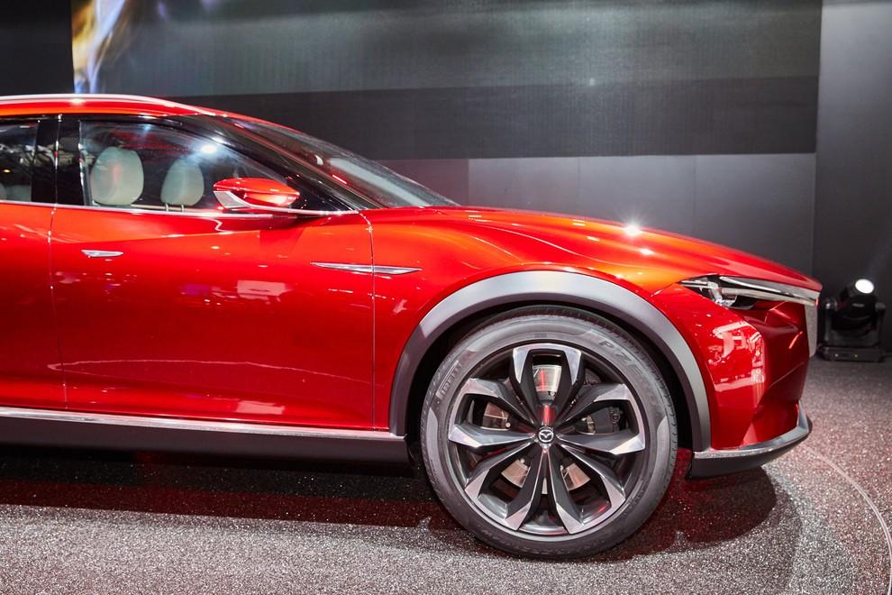 Mazda Koeru Concept - Foto 2 di 17
