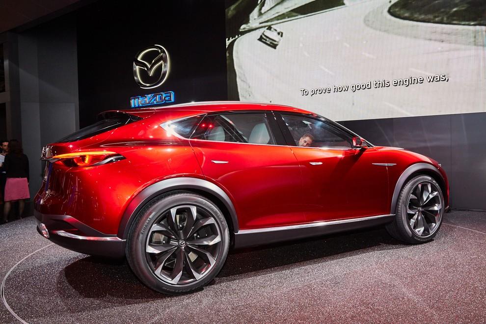 Mazda Koeru Concept - Foto 10 di 17