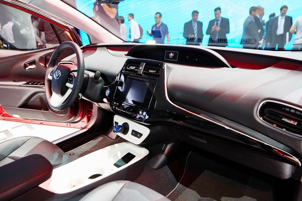 Nuova Toyota Prius, efficienza all'ennesima potenza - Foto 20 di 20