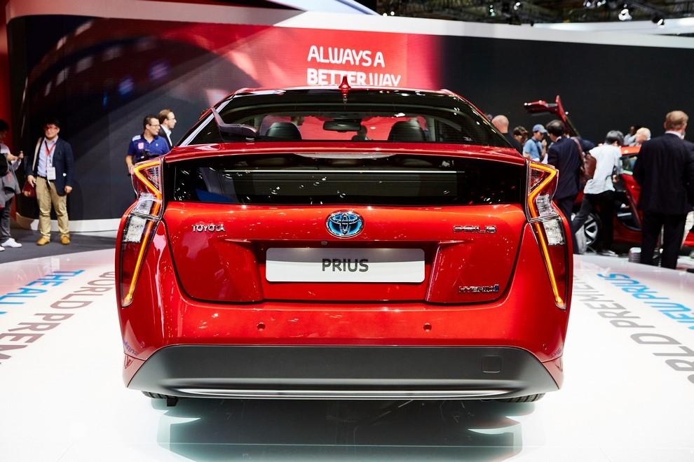 Nuova Toyota Prius, efficienza all'ennesima potenza - Foto 7 di 20