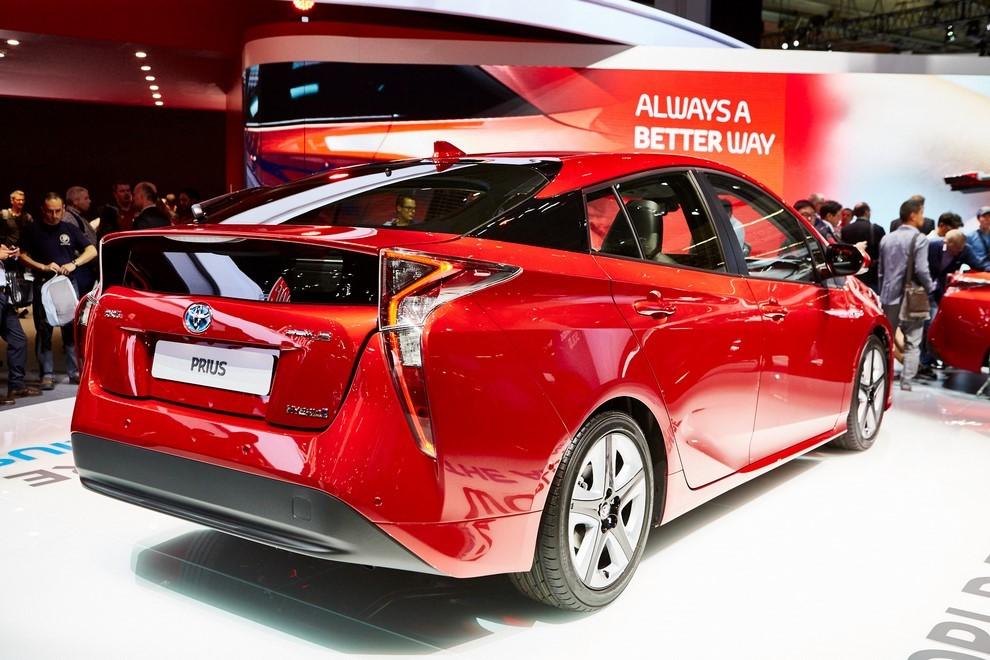Nuova Toyota Prius, efficienza all'ennesima potenza - Foto 10 di 20
