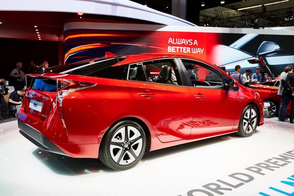 Nuova Toyota Prius, efficienza all'ennesima potenza - Foto 14 di 20