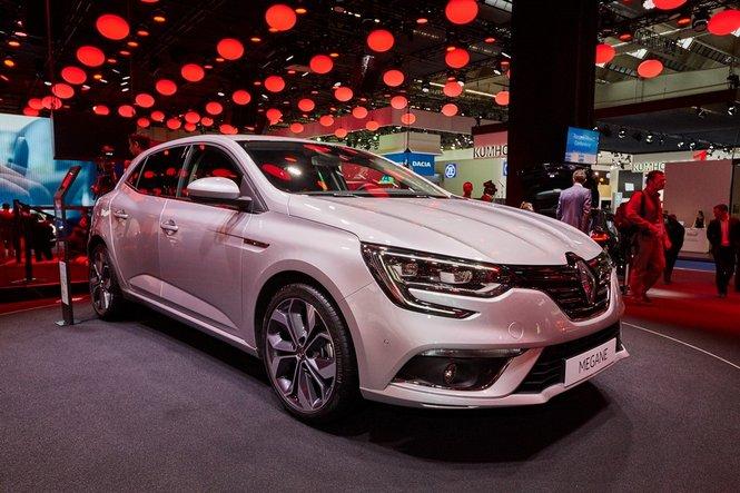 Nuova Renault Megane: le prime immagini ufficiali