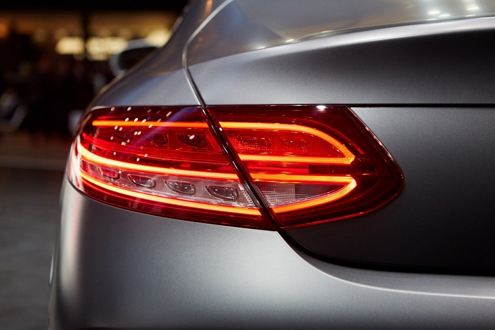 Mercedes Classe C Coupè, prime foto ed informazioni ufficiali - Foto 2 di 17