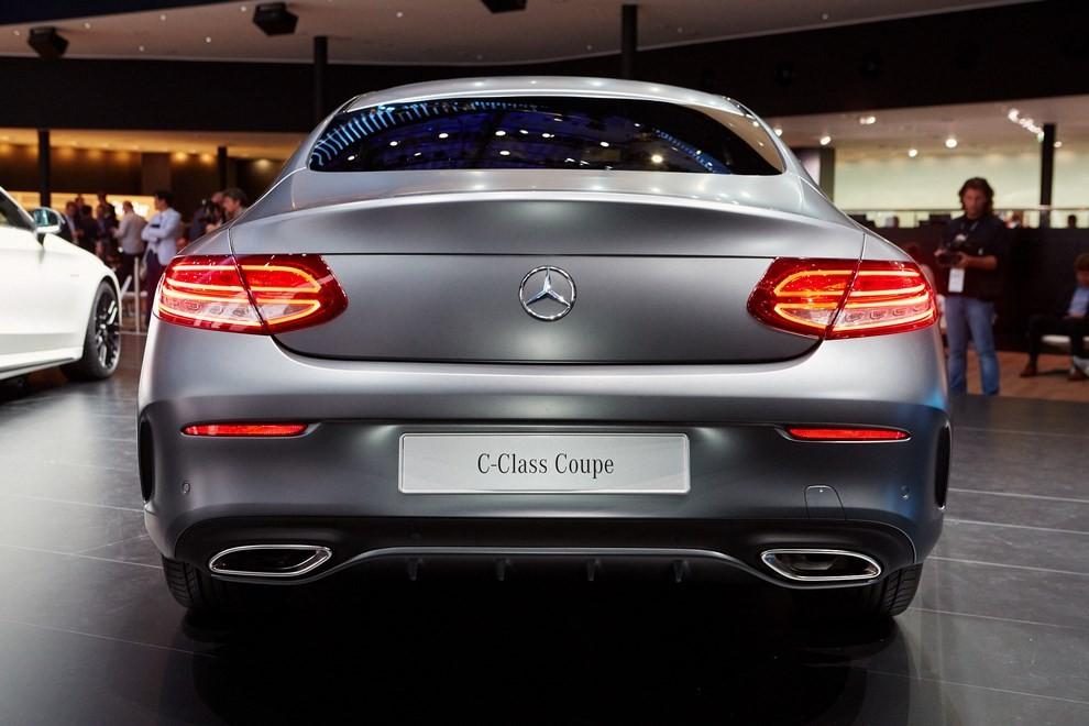 Mercedes Classe C Coupè, prime foto ed informazioni ufficiali - Foto 5 di 17