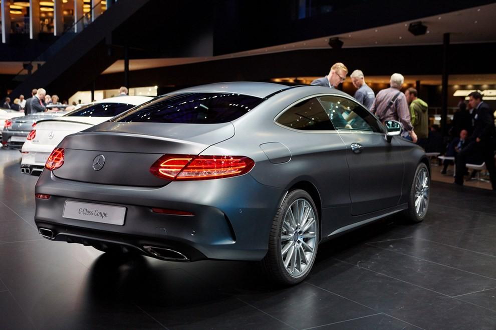 Mercedes Classe C Coupè, prime foto ed informazioni ufficiali - Foto 6 di 17