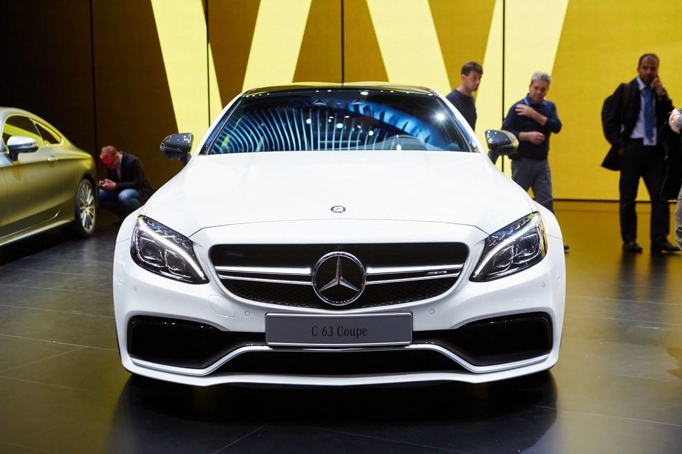 Mercedes Classe C Coupè, prime foto ed informazioni ufficiali - Foto 11 di 17