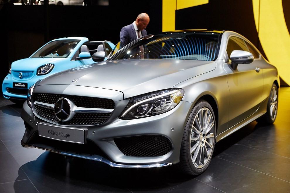 Mercedes Classe C Coupè, prime foto ed informazioni ufficiali - Foto 15 di 17