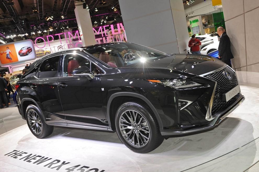 Nuova Lexus RX 450H ora con 313 CV - Foto 2 di 17