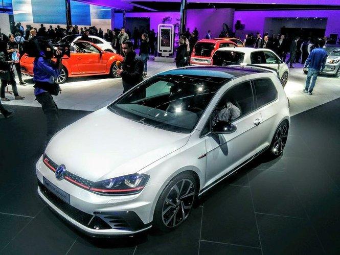 Volkswagen Golf GTI Clubsport, la speciale per i 40 anni