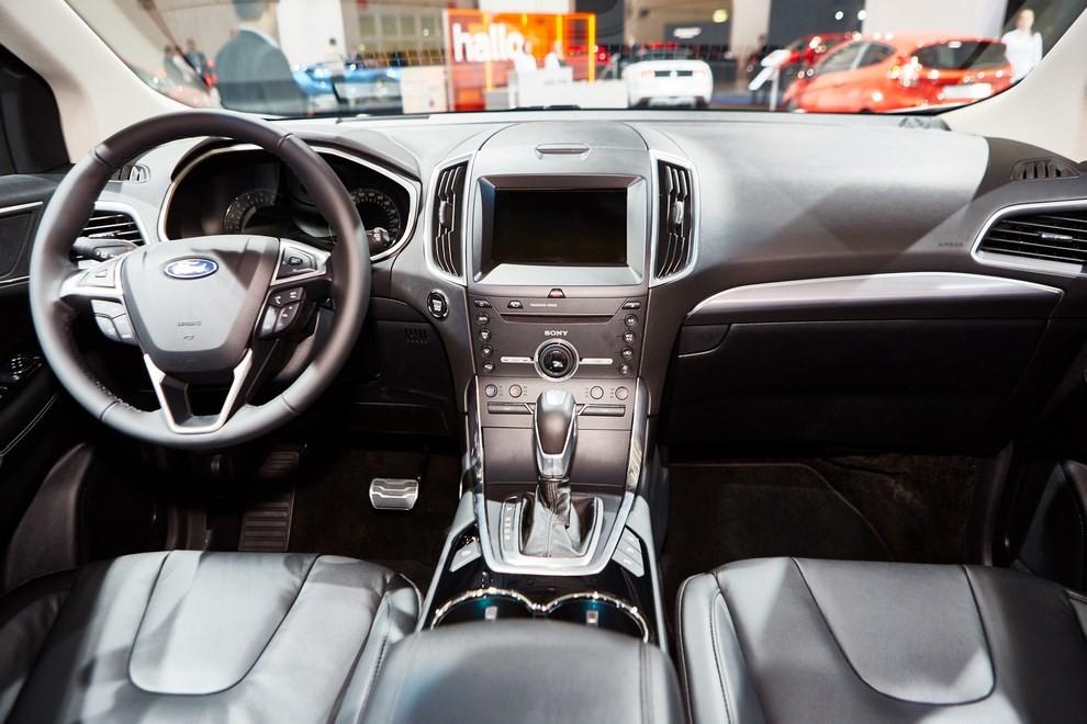 Ford Edge, le specifiche del suv per l'Europa - Foto 8 di 11