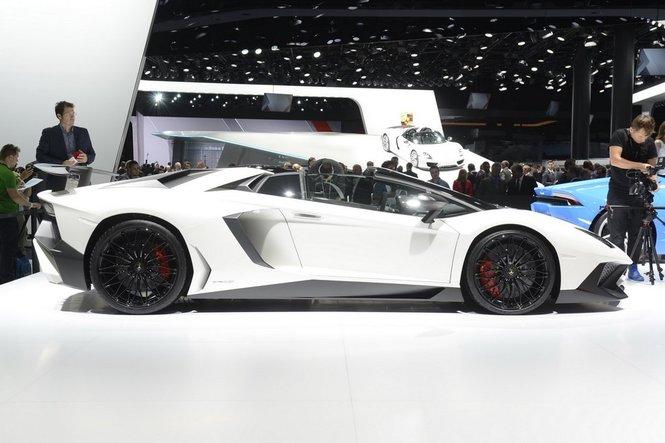Lamborghini Aventador LP750-4 Superveloce Roadster presentata ufficialmente a Pebble Beach