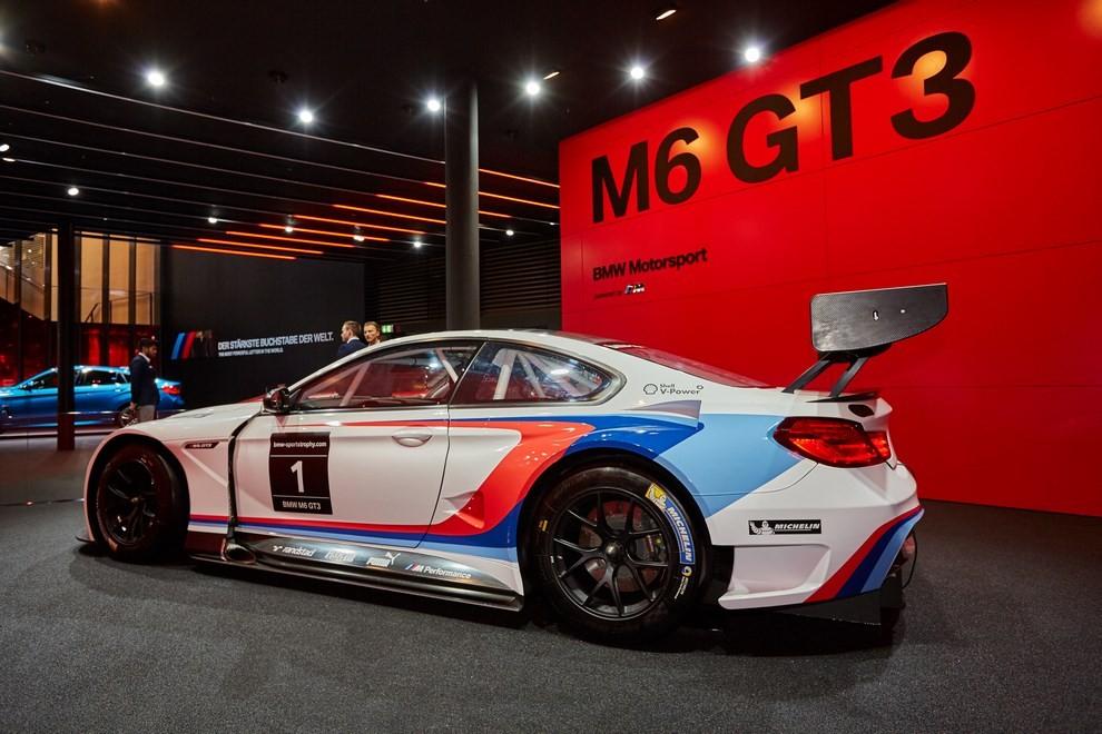 BMW M6 GT3 - Foto 10 di 23