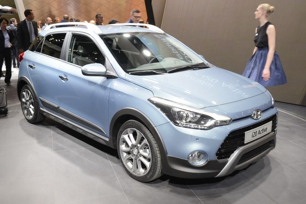 Hyundai i20 Active, la compatta offroad - Foto 6 di 14