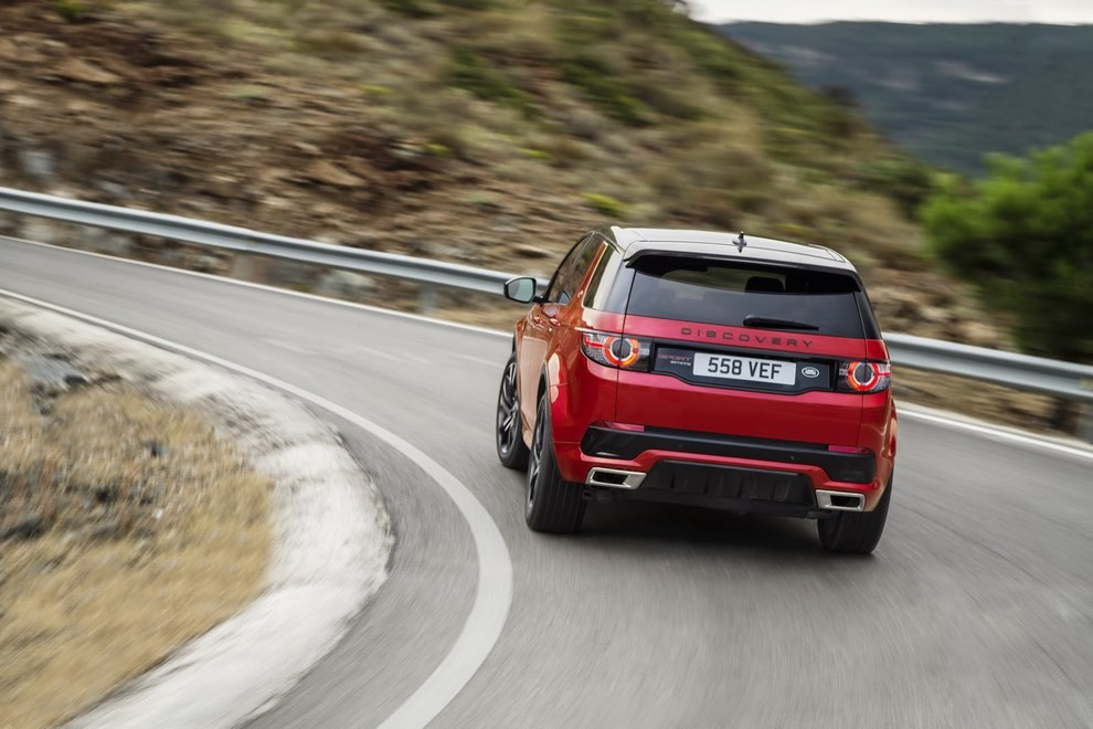 Land Rover Discovery Sport Dynamic - Foto 8 di 12