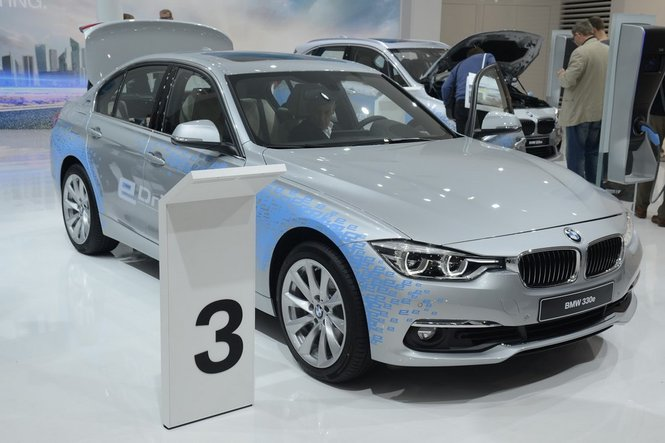 BMW Serie 3 ibrida: efficienza tedesca ai massimi livelli