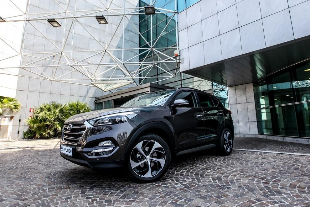 Hyundai Tucson ottiene le 5 stelle EuroNCAP - Foto 17 di 36